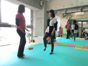 下腹ポッコリ,姿勢改善,ウエスト,体幹,大阪